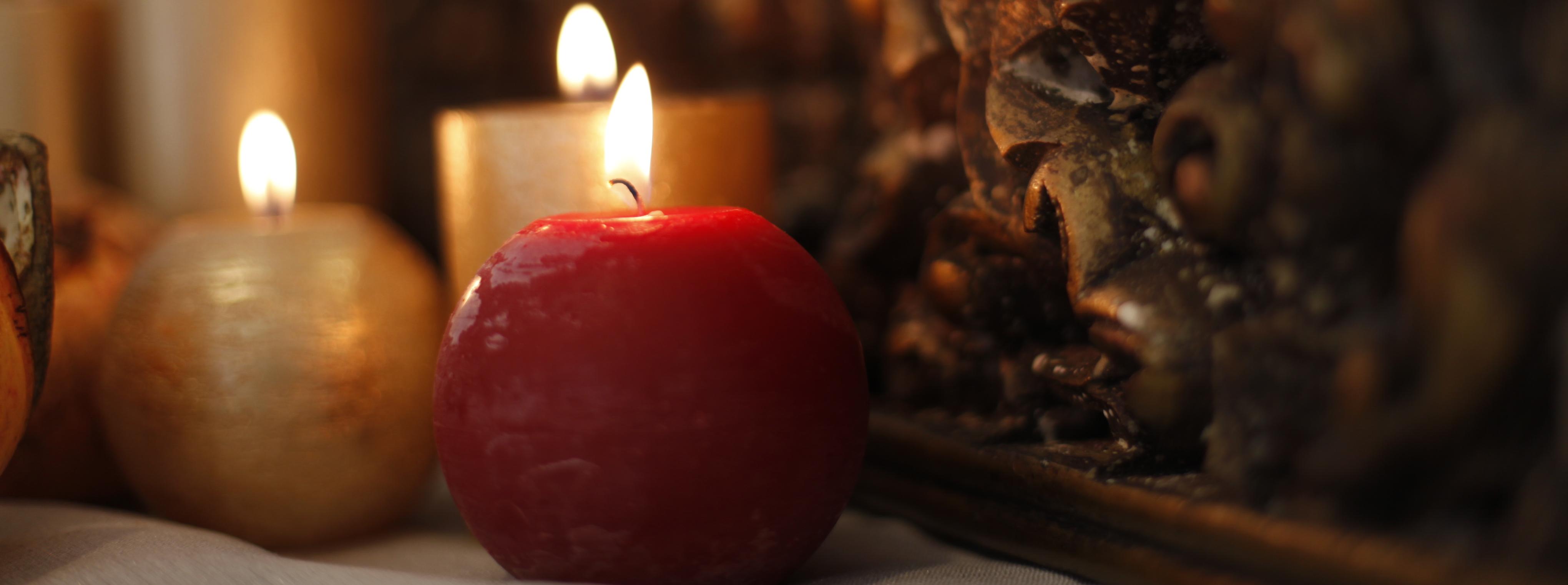 Velas para navidad decoraci n con velas decorar con velas - Adornos navidenos con velas ...
